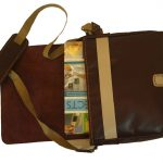 کیف دوشی دست دوز چرمی در دار مدل D0-9603